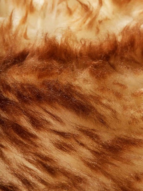 Tapete Pele de Carneiro Bege Chamuscado